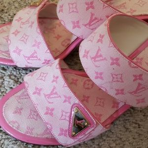 Retro Louis Vuitton high heels 37.5 pink slides